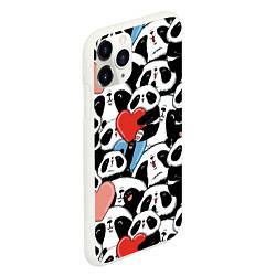 Чехол iPhone 11 Pro матовый Милые панды цвета 3D-белый — фото 2