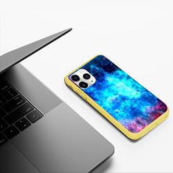 Чехол iPhone 11 Pro матовый Голубая вселенная цвета 3D-желтый — фото 2
