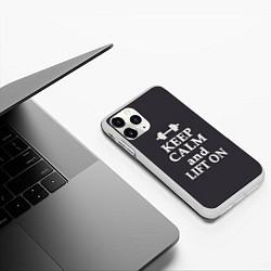 Чехол iPhone 11 Pro матовый Keep Calm & Lift On цвета 3D-белый — фото 2