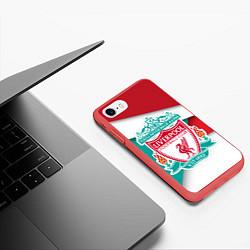 Чехол iPhone 7/8 матовый FC Liverpool цвета 3D-красный — фото 2