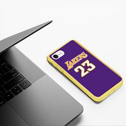 Чехол iPhone 7/8 матовый NBA Lakers 23 цвета 3D-желтый — фото 2