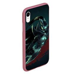 Чехол для iPhone XR матовый с принтом Phantom Assassin, цвет: 3D-малиновый, артикул: 10065049105903 — фото 2