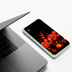 Чехол iPhone XS Max матовый AC/DC Flame цвета 3D-салатовый — фото 2