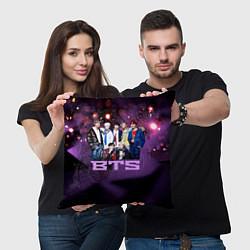 Подушка квадратная BTS цвета 3D-принт — фото 2
