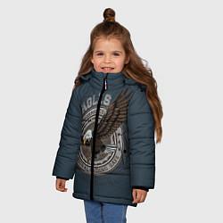 Детская зимняя куртка для девочки с принтом Летящий орёл, цвет: 3D-черный, артикул: 10272060106065 — фото 2