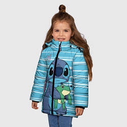 Куртка зимняя для девочки Стич с лягушкой цвета 3D-черный — фото 2