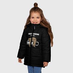 Куртка зимняя для девочки ВСЁ ЛЕНЬ цвета 3D-черный — фото 2
