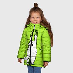 Куртка зимняя для девочки Кот Симон на стене цвета 3D-черный — фото 2