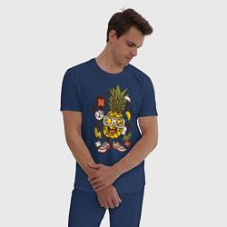 Пижама хлопковая мужская Летний ананас цвета тёмно-синий — фото 2