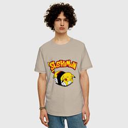 Мужская удлиненная футболка с принтом SushiMon, цвет: миндальный, артикул: 10015743805753 — фото 2