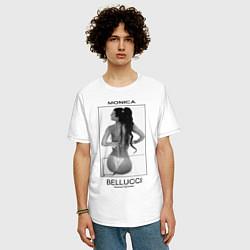 Футболка оверсайз мужская Monica Bellucci: Donna Famosa цвета белый — фото 2
