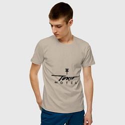 Футболка хлопковая мужская Tokio Hotel цвета миндальный — фото 2