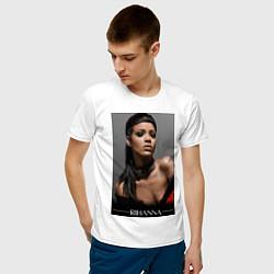 Футболка хлопковая мужская Rihanna: portrait цвета белый — фото 2