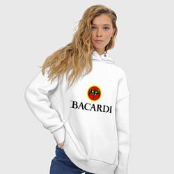 Толстовка оверсайз женская Bacardi цвета белый — фото 2