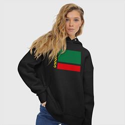 Толстовка оверсайз женская Чечня: флаг цвета черный — фото 2