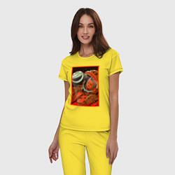 Пижама хлопковая женская Гагарин в иллюминаторе цвета желтый — фото 2