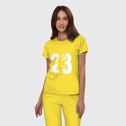 Пижама хлопковая женская LeBron 23 цвета желтый — фото 2