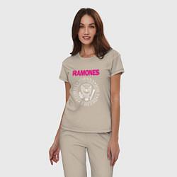 Пижама хлопковая женская Ramones Boyband цвета миндальный — фото 2