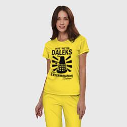 Пижама хлопковая женская Доктор Кто, Далеки цвета желтый — фото 2
