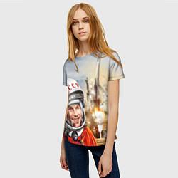 Футболка женская Гагарин взлетает цвета 3D — фото 2