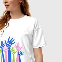 Футболка оверсайз женская Hands Up цвета белый — фото 2