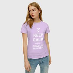 Футболка хлопковая женская Be a Shadowhunter цвета лаванда — фото 2