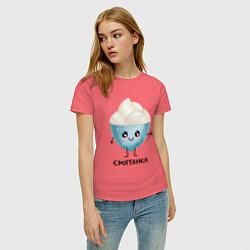 Футболка хлопковая женская Смятанка цвета коралловый — фото 2