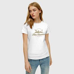 Футболка хлопковая женская Алтай Gold Classic цвета белый — фото 2